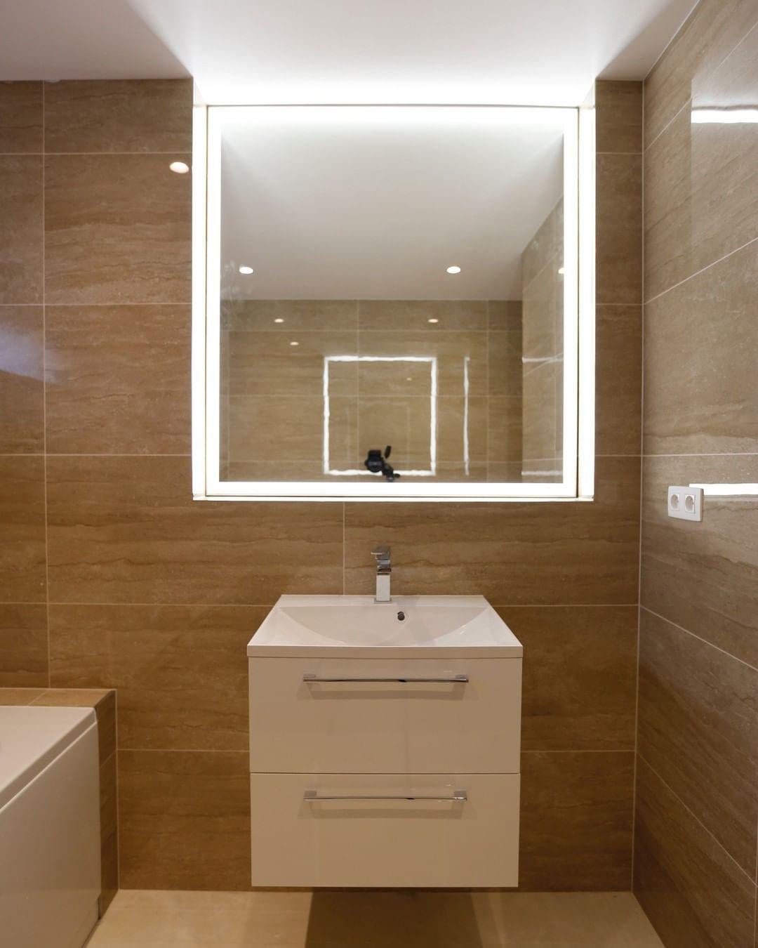 Зеркало Зеркала с LED подсветкой на заказ